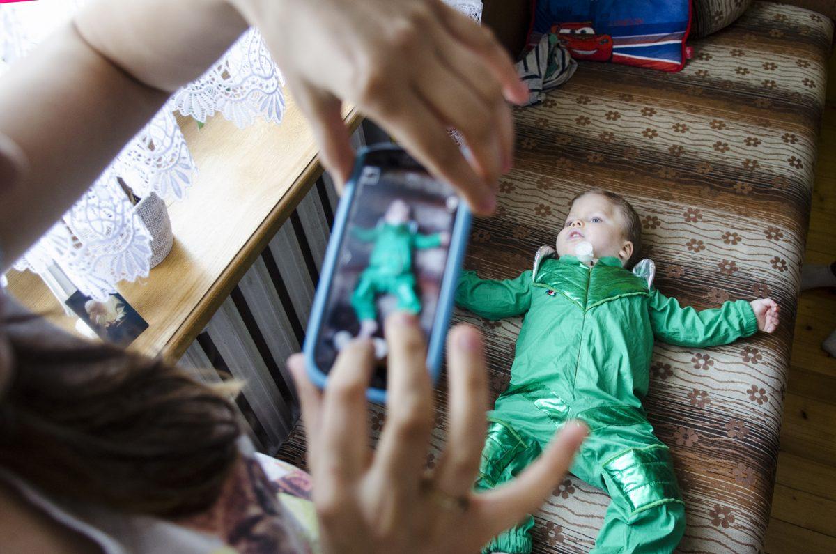 Fotografia reportażowa - chore dziecko