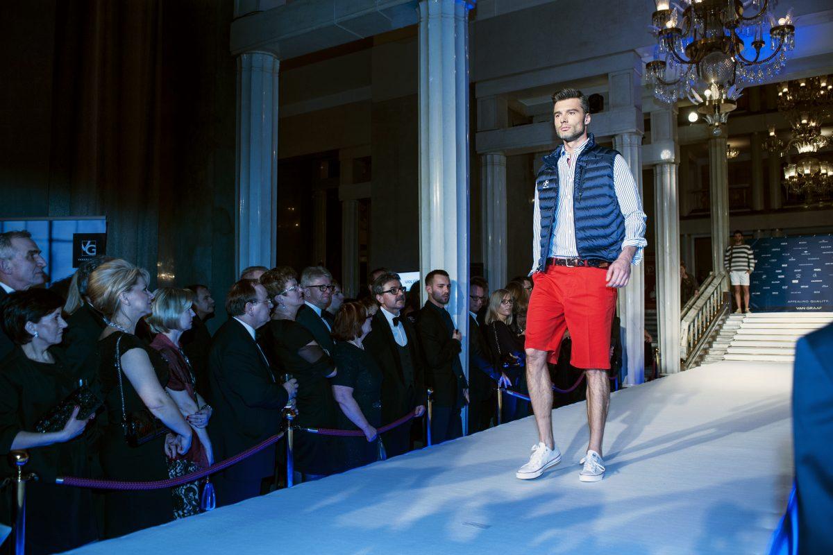 Fotografia eventowa - pokaz mody podczas gali biznesu
