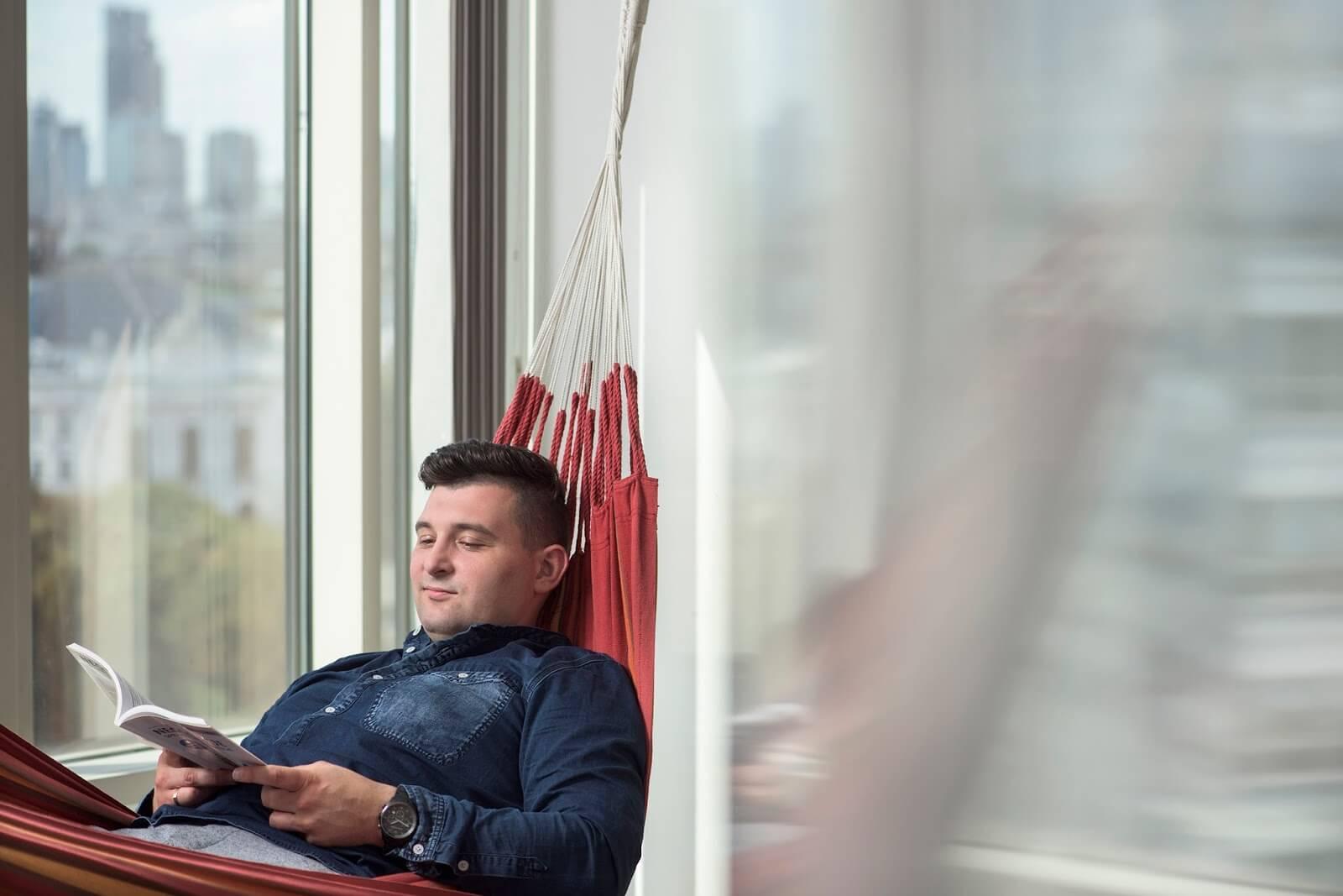 Fotografia biznesowa - odpoczynek na hamaku